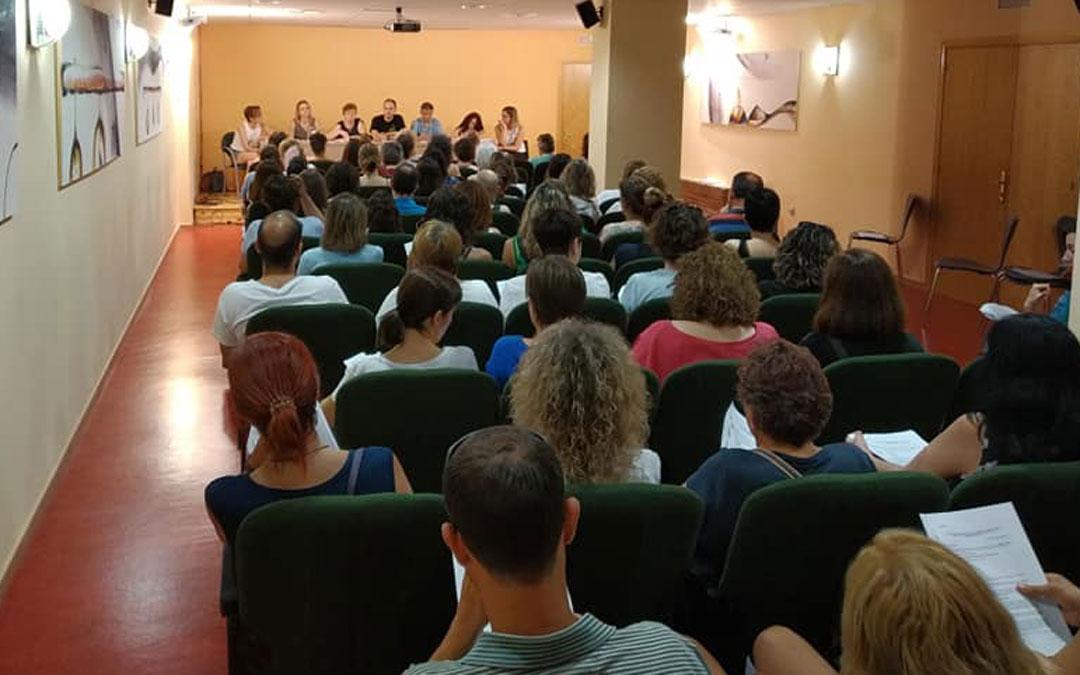 Imagen de la Asamblea de trabajadores celebrada el sábado en Caspe