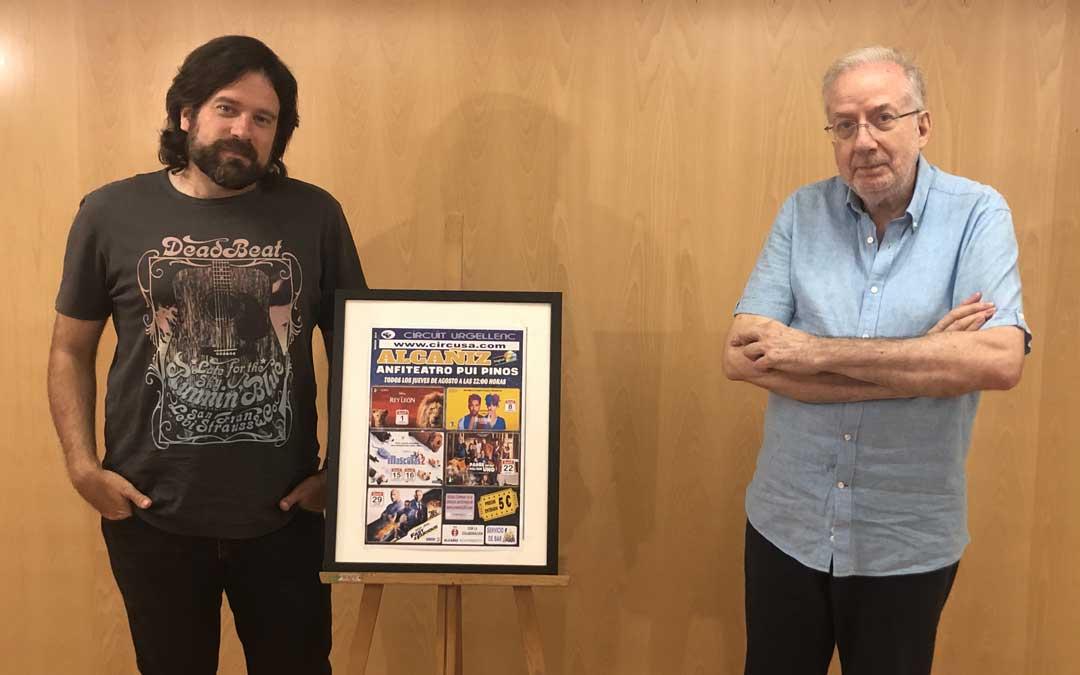 El concejal de Cultura, Jorge Abril; y el técnico del área, Ignacio Micolau han presentado este lunes la programación. Foto: L. Castel
