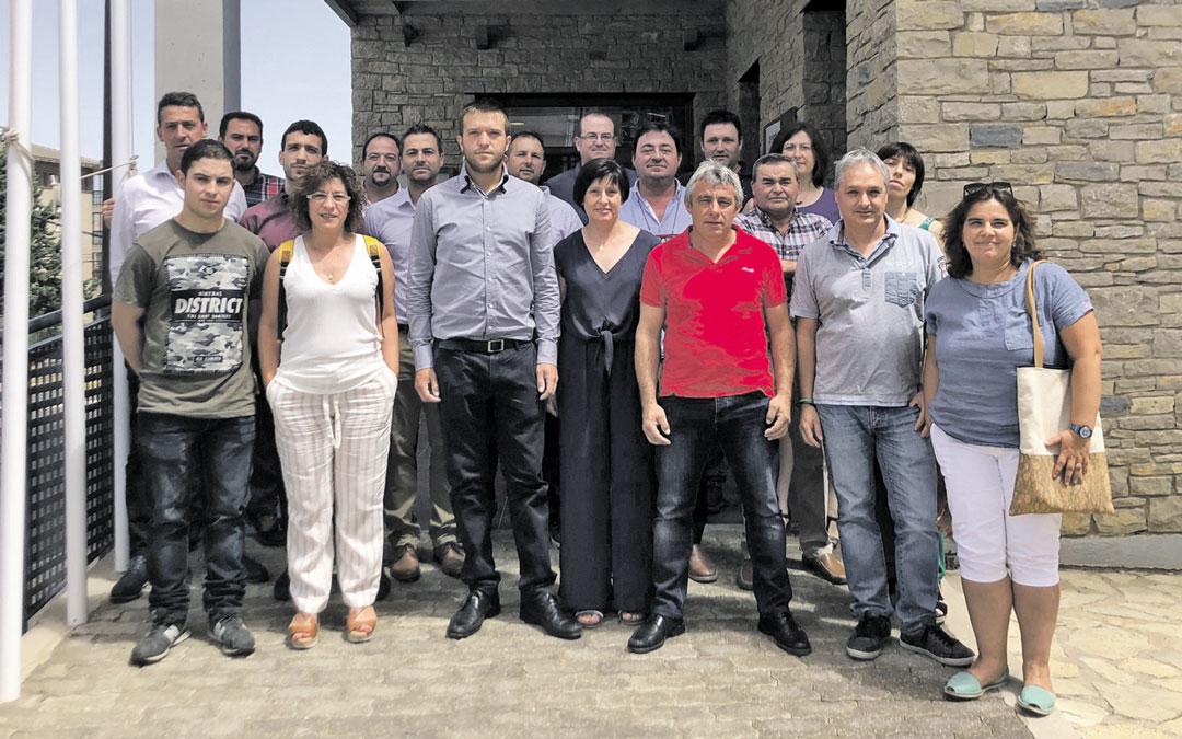Los 19 consejeros de la Comarca del Maestrazgo, ayer, tras la constitución de la nueva institución