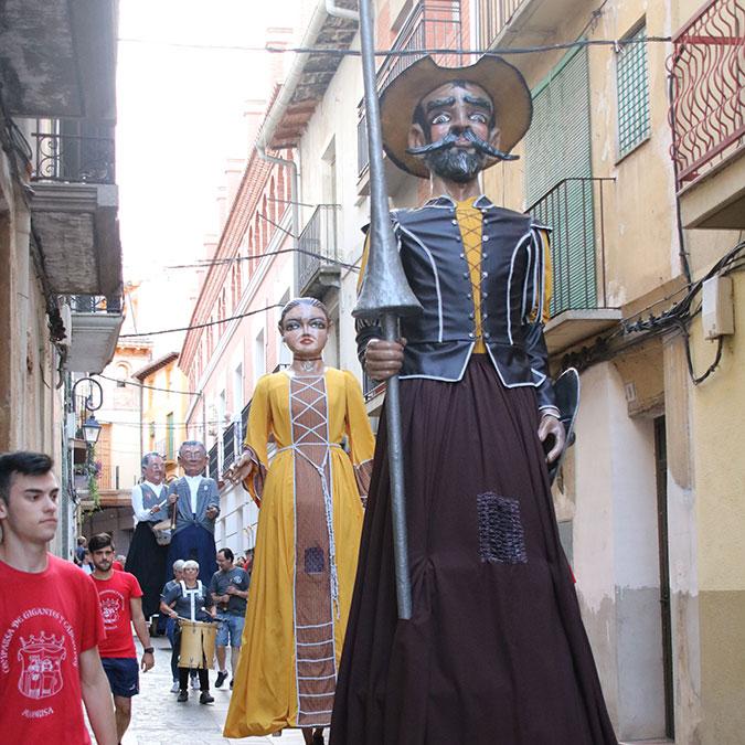 don quijote dulcinea comparsa gigantes y cabezudos alcorisa