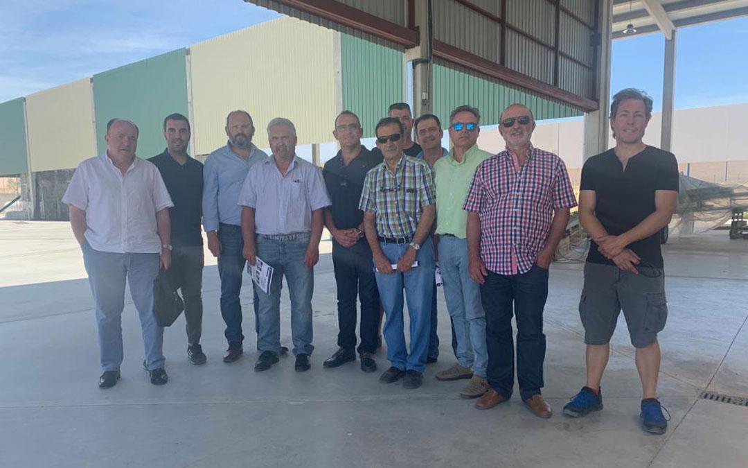 Junta de la asociación española del pistacho. //J.B.