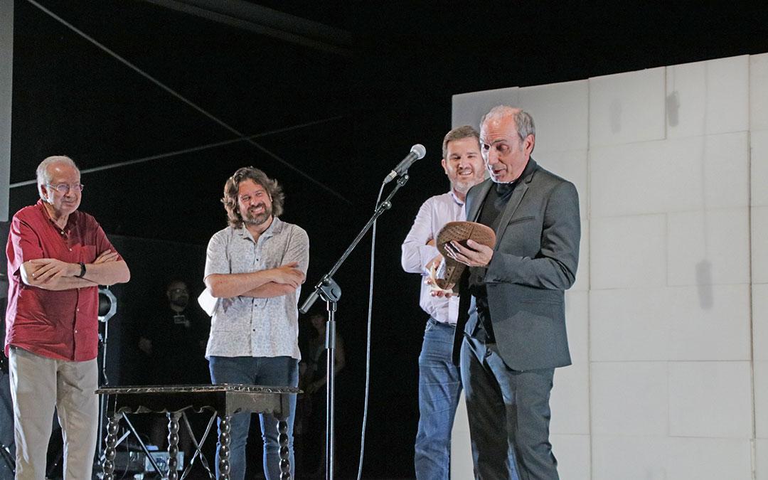 Eusebio Poncela recibió el Premio Trovador tras la representación de 'Esto no es la casa de Bernarda Alba'