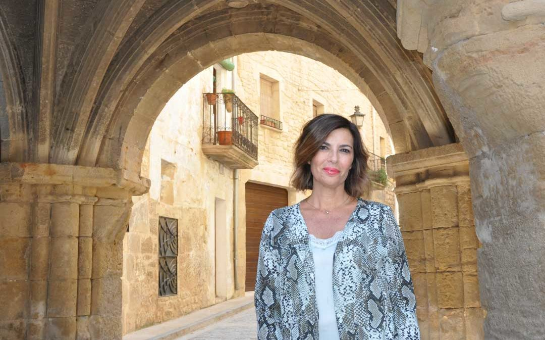 Carlota Núñez: «Mi familia ha formado y forma parte de la vida activa de Calaceite»