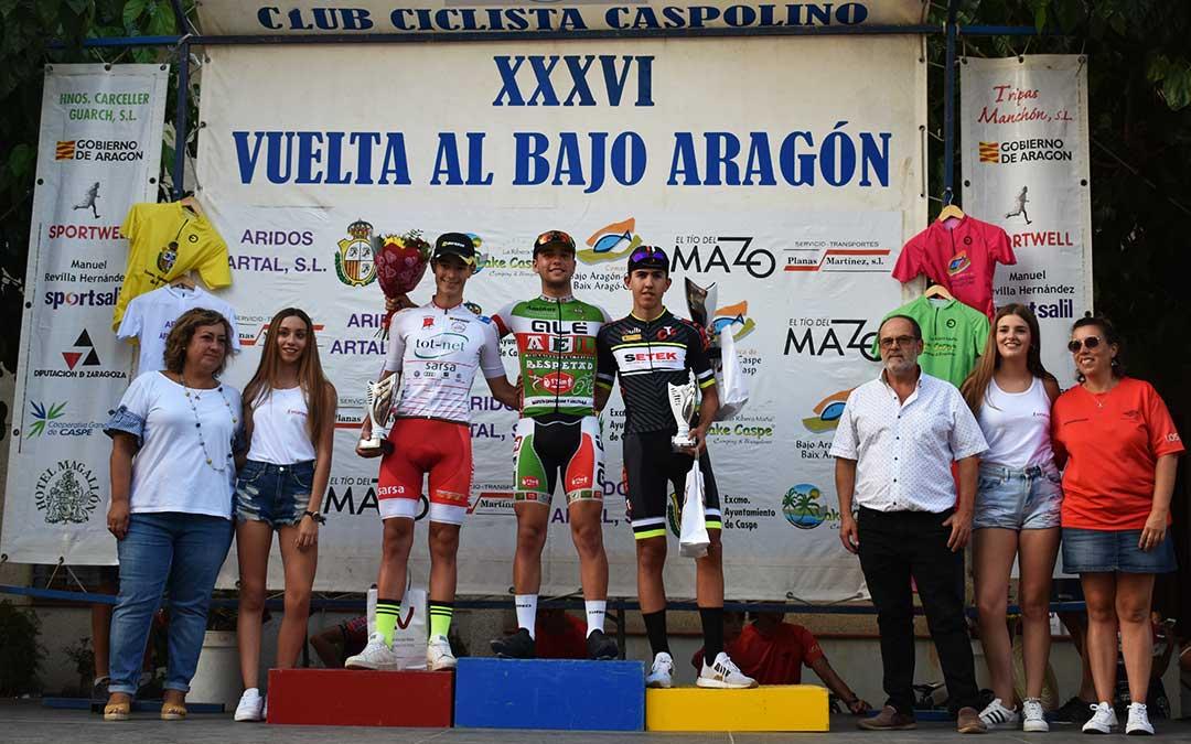 Podio de ganadores de la Vuelta al Bajo Aragón en categoría cadetes masculina.