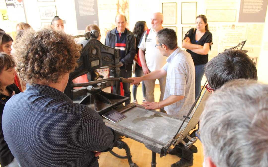 Máquina igual que la de Gutengerb fundida en hierro que se puede ver en la exposición en Alcañiz. / B. Severino