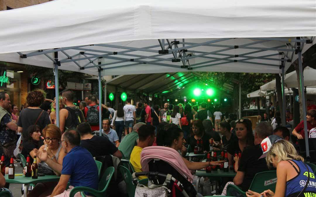 Lleno en Alcañiz en la fiesta nocturna de Moto GP