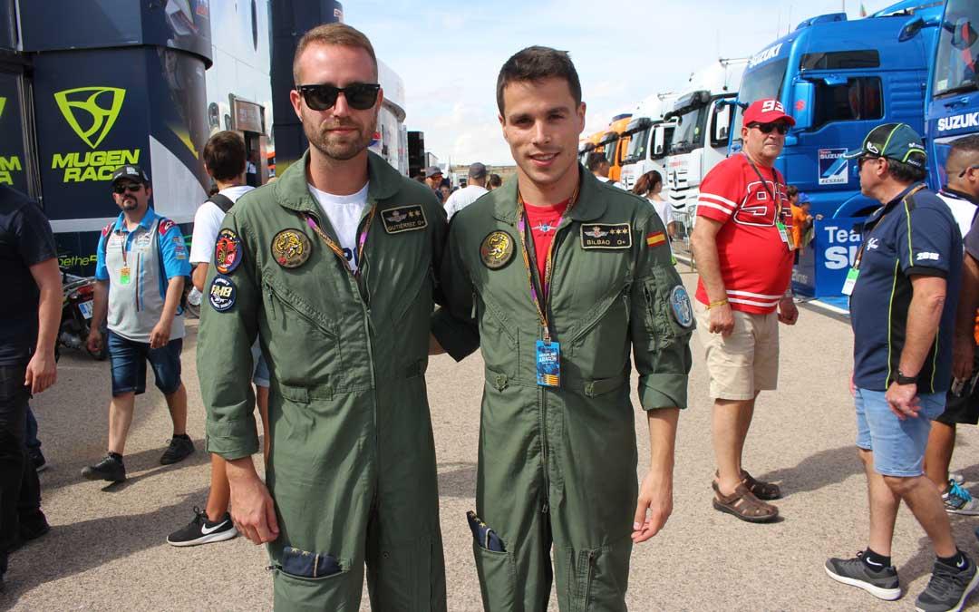 Pilotos que ha dirigido el operativo de la exhibición aérea. / L. Castel