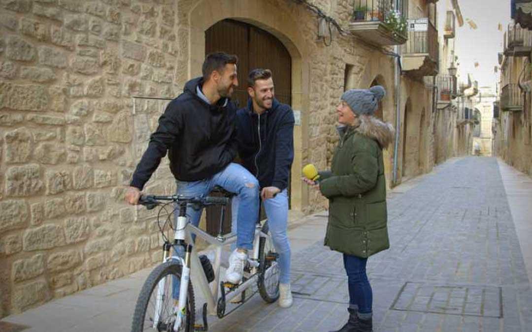 Eva Hache recorrerá las calles y las tradiciones de Calaceite en La Paisana./ Foto: Televisión Española.