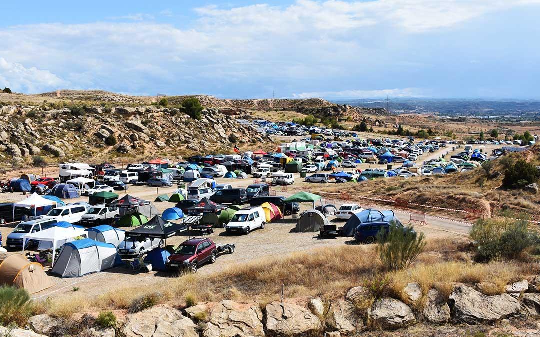 El camping del circuito de Motorland acoge a más de 3.000 personas y está al completo.