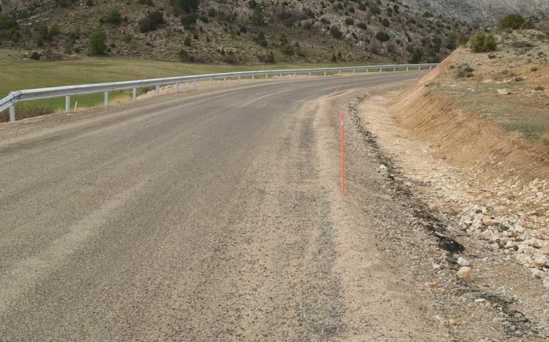 La carretera entre Ejulve y Villarluengo estará cortada siete horas por obras