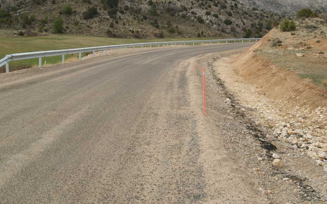 Carretera A-1702 que une Ejulve con Villarluengo en un imagen de archivo. / B. Severino