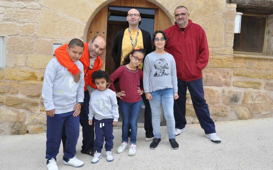 Los cuatro alumnos de La Cerollera comienzan el curso con normalidad después de que se haya mantenido su escuela.