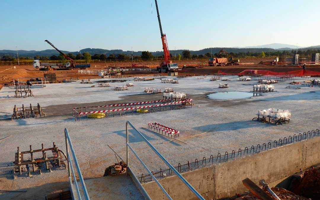 Imagen de la planta de pellets de Forestalia en otra zona minera, el Bierzo / La Nueva Crónica