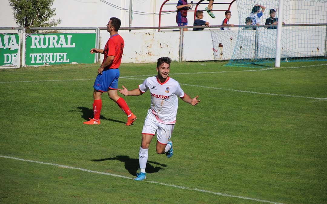 futbol-alcorisa-utrillas-3-celebracion-gol-dani