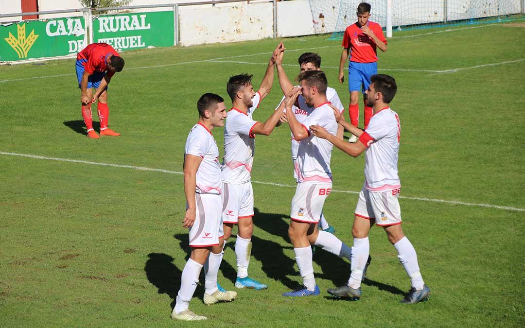 futbol-alcorisa-utrillas-4-celebracion-gol-dani