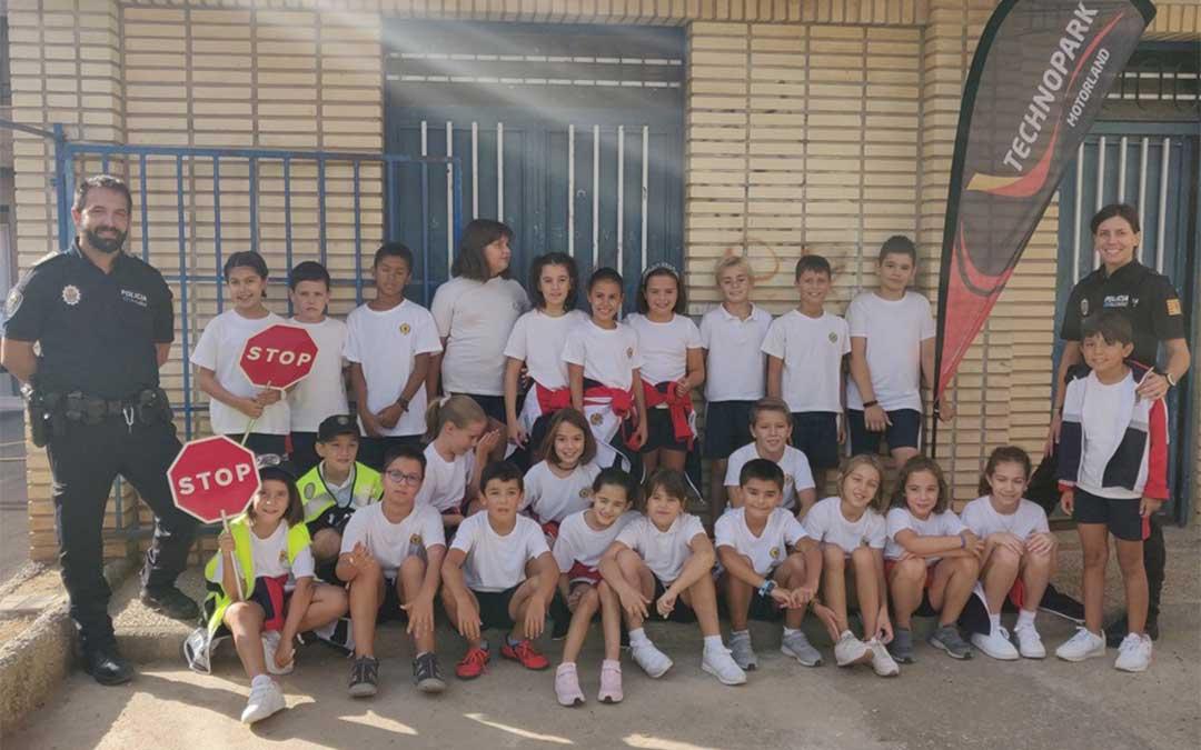Los alumnos del Colegio La Inmaculada de Alcañiz participan en las jornadas de Educación Vial organizadas por Technopark Motorland./ Technopark.