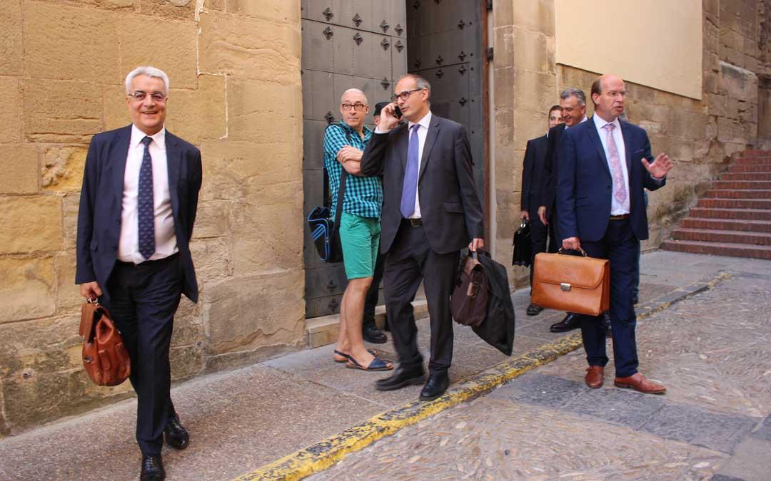 Foto de archivo de la última comparecencia de los abogados en el Juzgado a mediados de septiembre / L. Castel