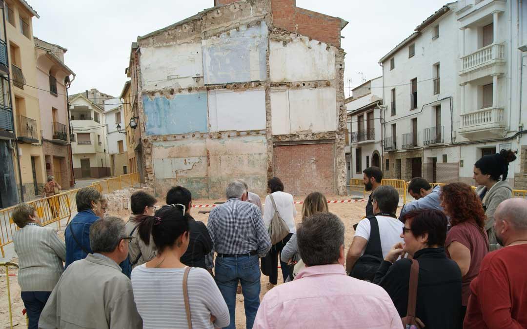 Para la remodelación de la plaza tras el derribo del casino, también se consultó a los vecinos. / B. Severino