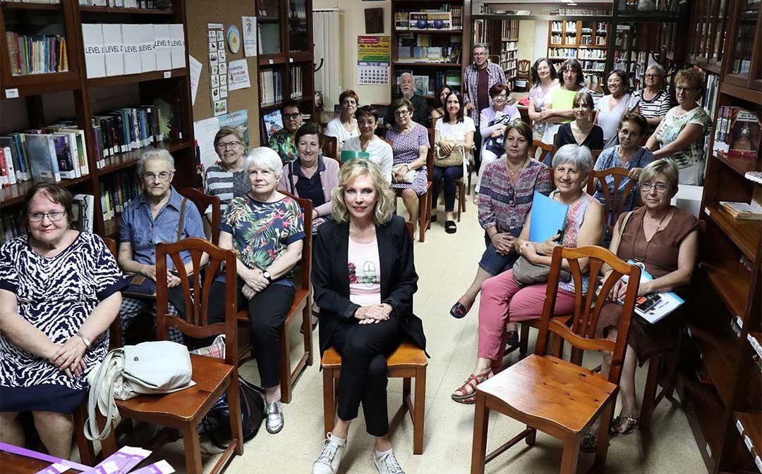 Margarita Barbáchano celebra los 11 años del Club de Lectura de Caspe
