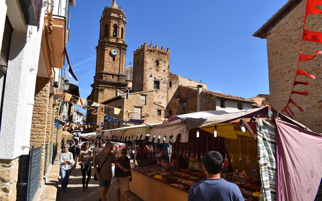 Imagen de la entrada del Mercado Medieval de la Iglesuela del Cid.