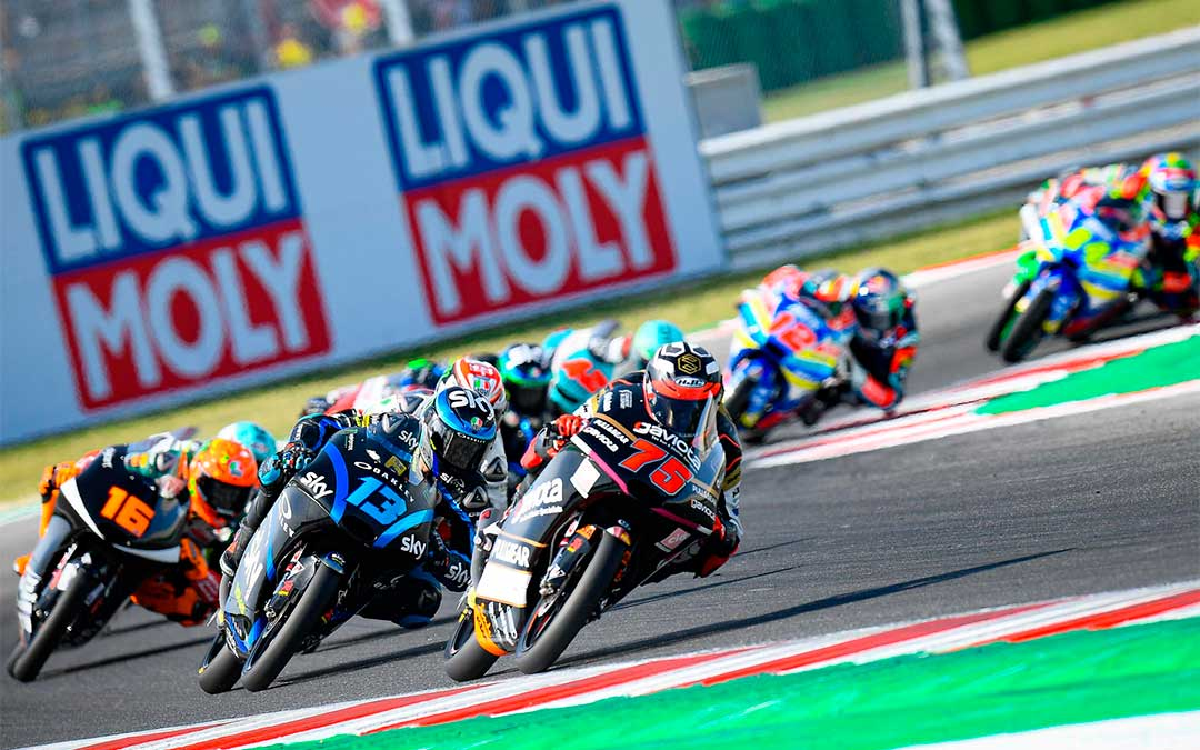 Las carreras de Moto3 se caracterizan por la gran igualdad existente entre la mayoría de los pilotos que participan./ Moto GP.