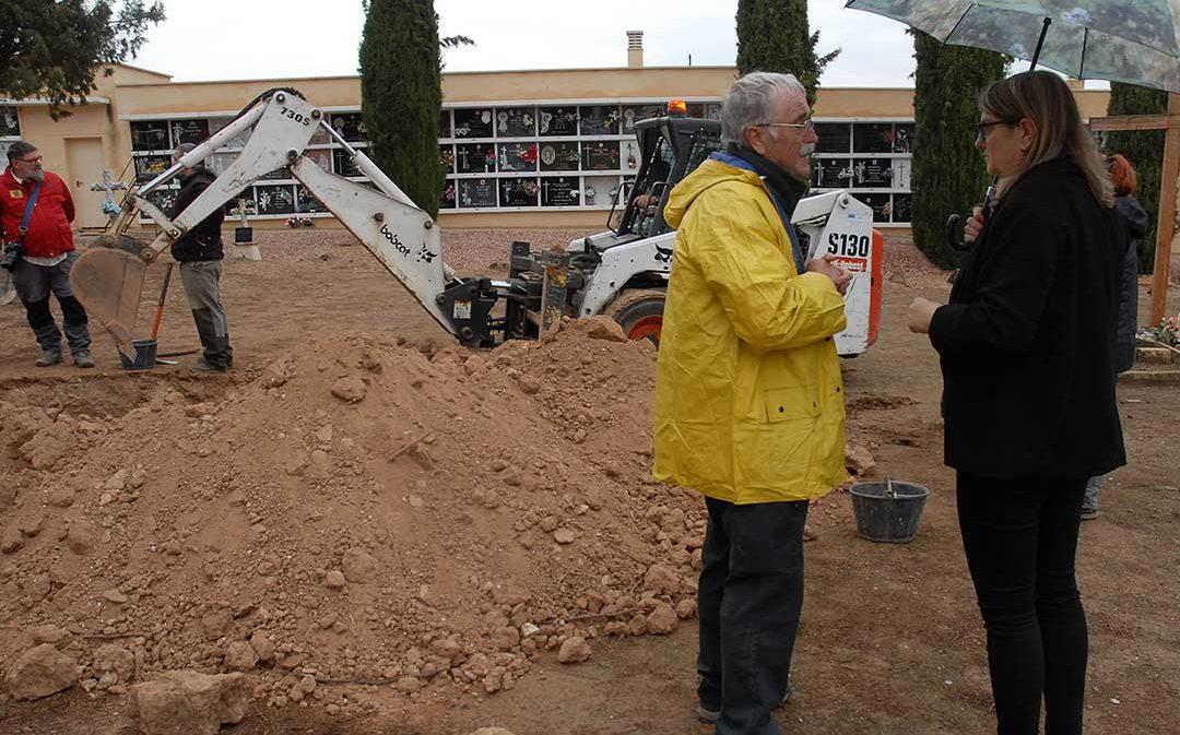 La asociación Pozos de Caudé busca los restos de cuatro vecinos de Foz Calanda