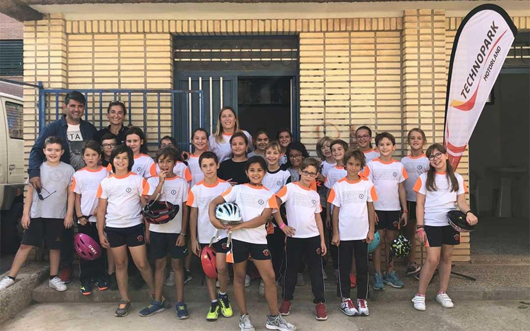 Los alumnos del Colegio San Valero - Escolapios Alcañiz participan en las jornadas de Educación Vial organizadas por Technopark Motorland./ Technopark.