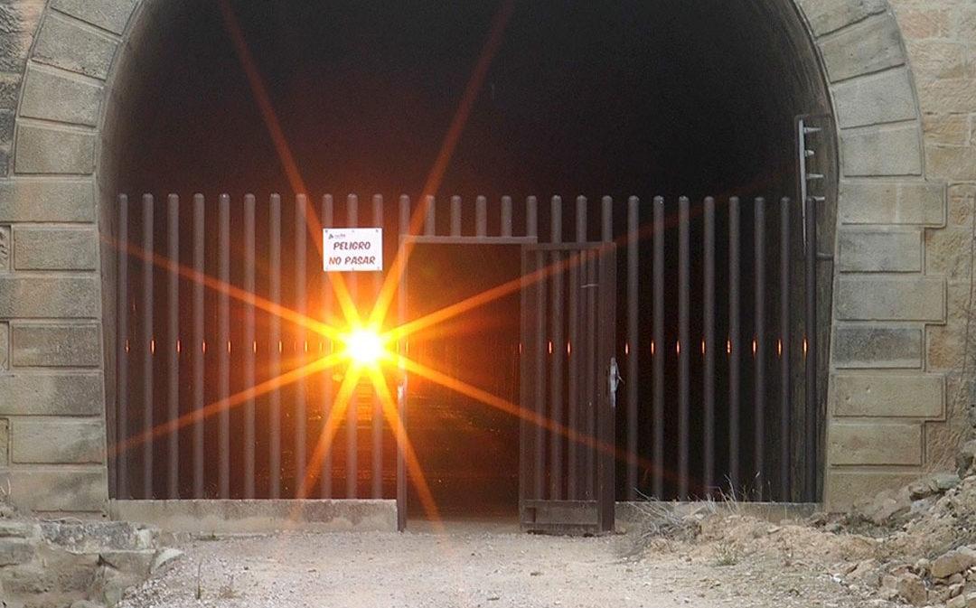 Túnel del Equinoccio en Valdealgorfa