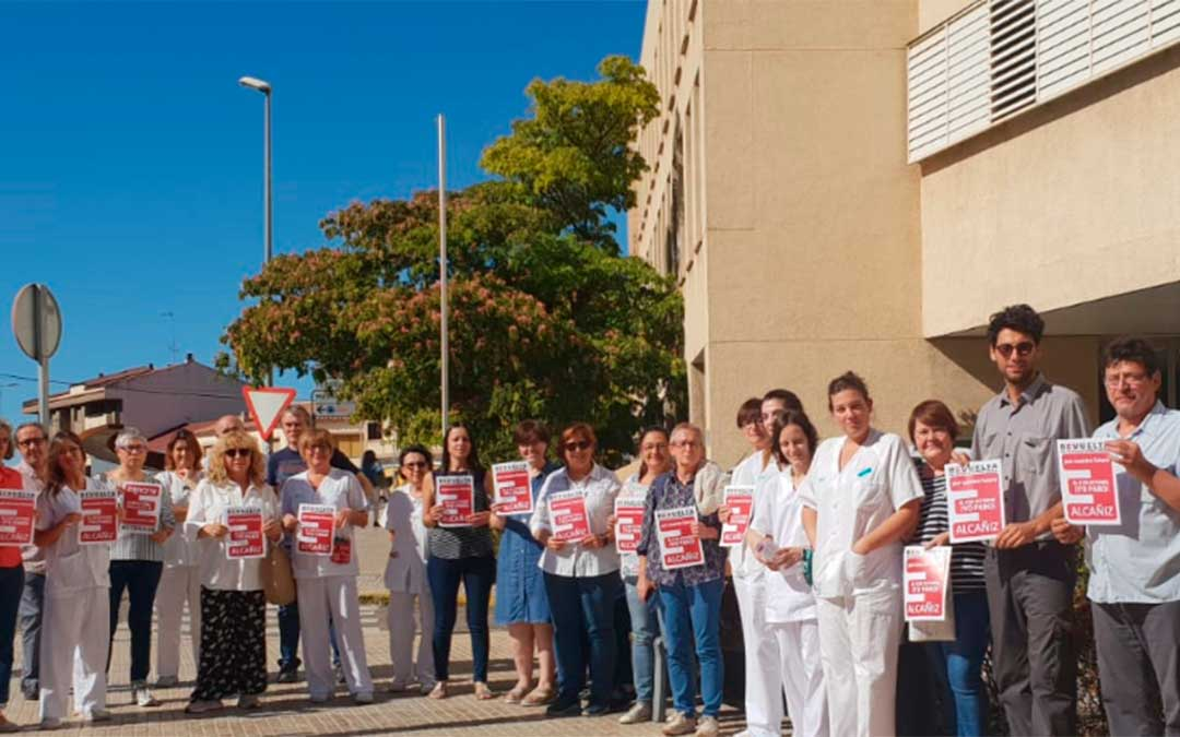 Los trabajadores del Hospital Comarcal de Alcañiz paran por un pacto de estado por la repoblación.