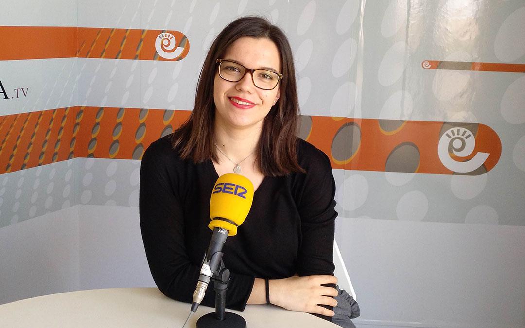 Alicia Martín, directora de 'Hoy es tu día' en Radio La Comarca.