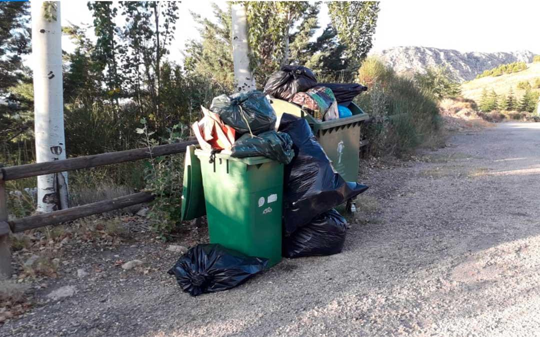 Contenedores en Utrillas./ Ayuntamiento de Utrillas