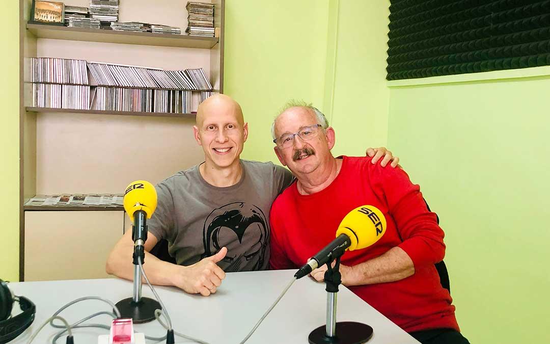 Víctor Callao junto a presidente del Club Zalagarda, Paco Amador.