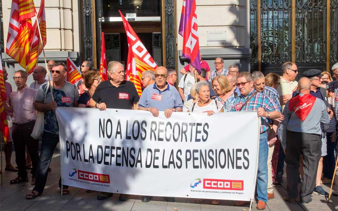 Concentración en la Plaza de España de Zaragoza./ CCOO Aragón.
