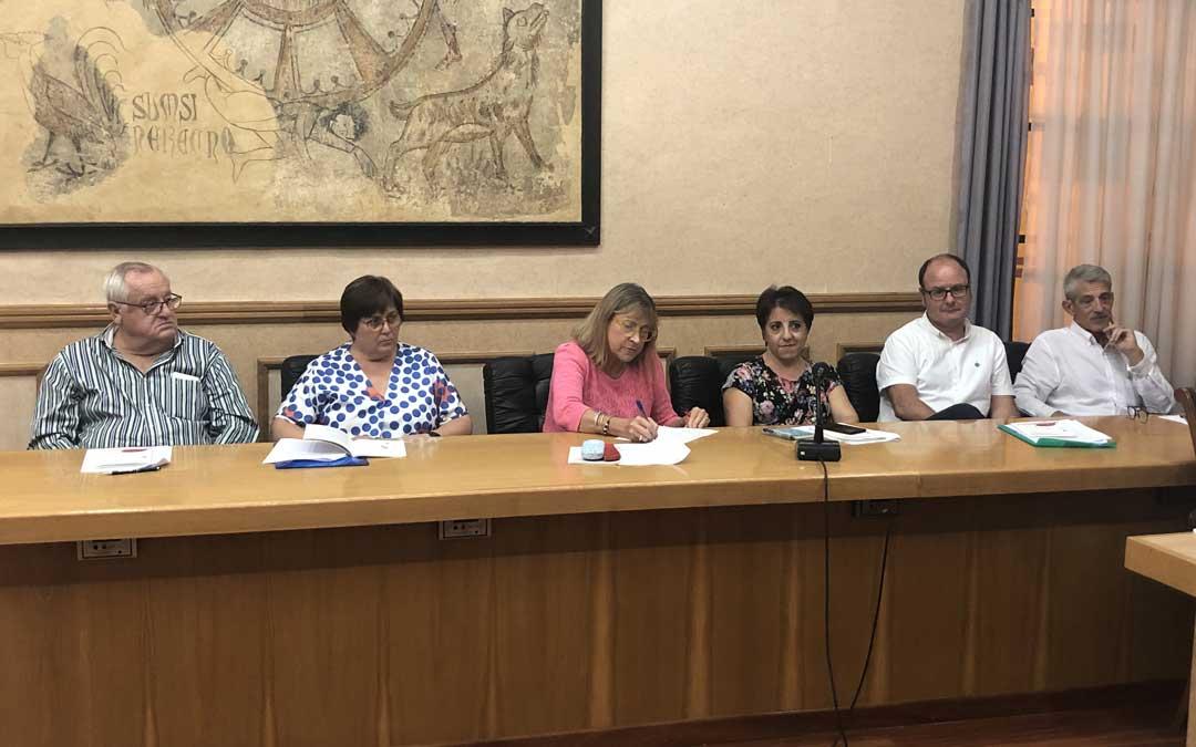 Nuevos miembros de reconocido prestigio de Alcañiz / L. Castel