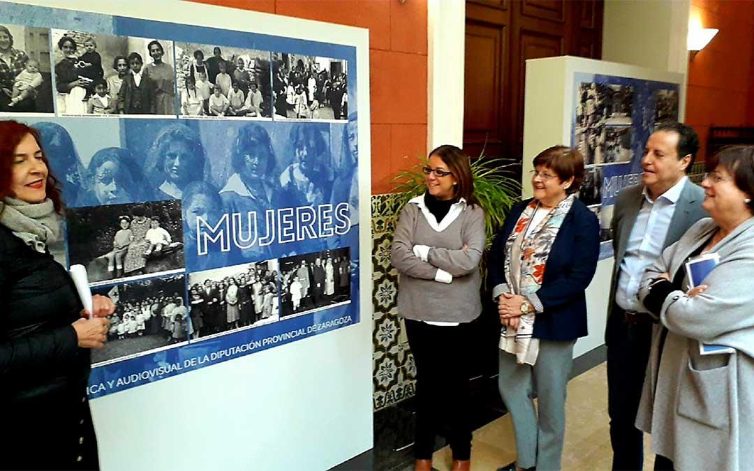 La Diputación de Zaragoza presenta la selección de imágenes antiguas de mujeres procedentes de su colección fotográfica y audiovisual