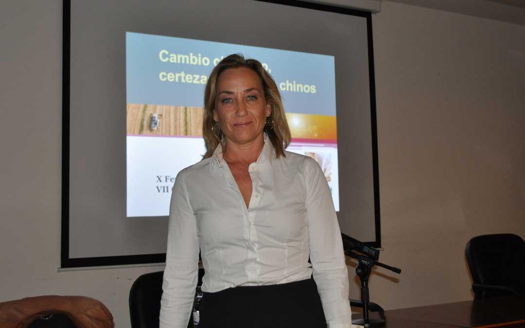 La meteoróloga Eva Berlanga ofreció una charla sobre cambio climático.