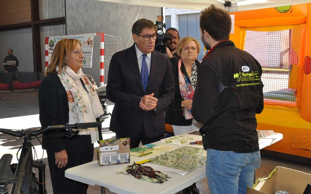 El vicepresidente del Gobierno de Aragón, Arturo Aliaga, estuvo en el acto de presentación de la feria.