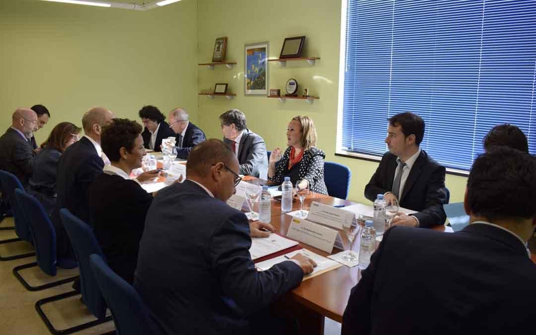 Comisión de seguimiento del FITE celebrada ayer en Teruel. dga