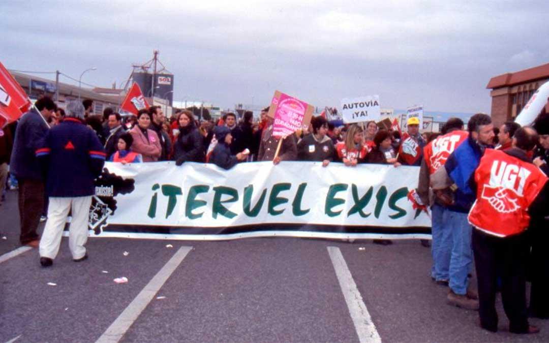 Huelga General en el año 2000./ Teruel Existe