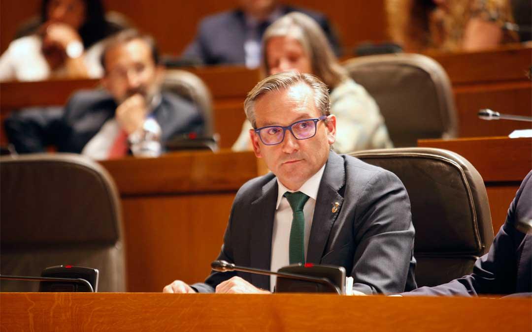 El portavoz de infraestructuras del Partido Popular en las Cortes de Aragón, Joaquín Juste