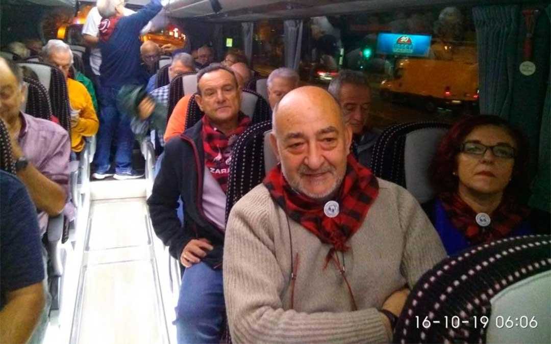 Uno de los autobuses que han salido desde Zaragoza para la manifestación en Madrid.