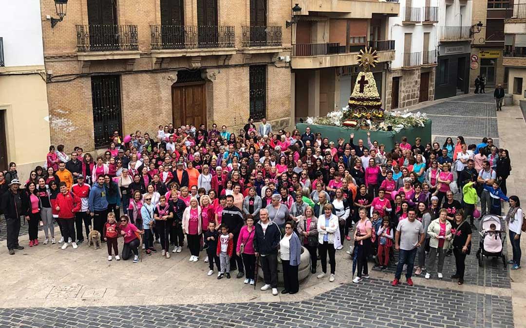 Foto de grupo de la marcha calandina, en la que han participado alrededor de 200 personas este domingo / Ayto. de Calanda