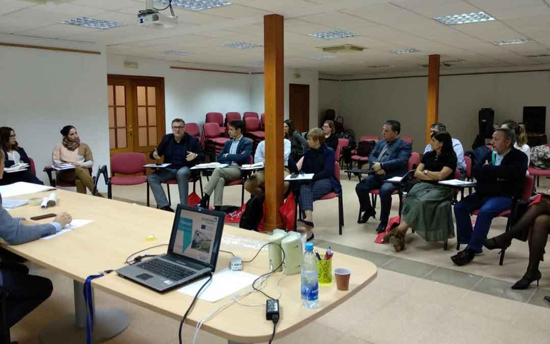 Reunión en Montalbán el jueves. DPT