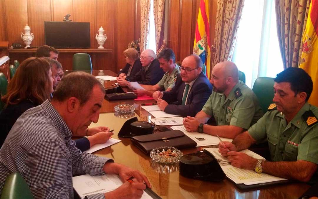 Reunión presidida por el subdelegado del Gobierno en Teruel./ Subdelegación del Gobierno en Teruel.