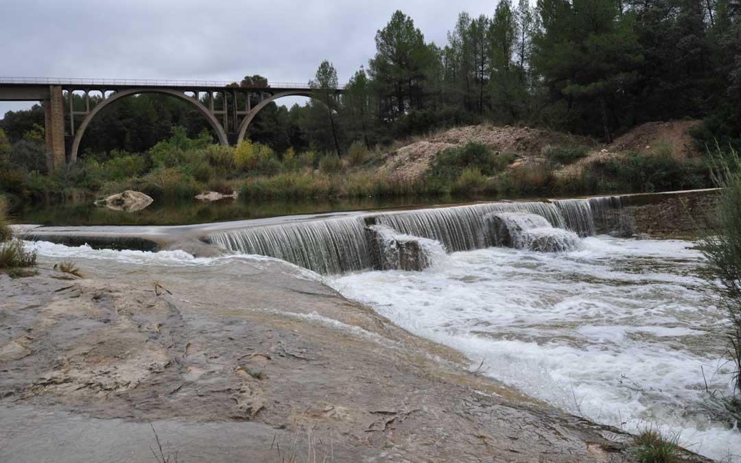 El Algars fue uno de los pocos ríos bajoaragoneses que experimentó una ligera subida de caudal tras el paso de la DANA.