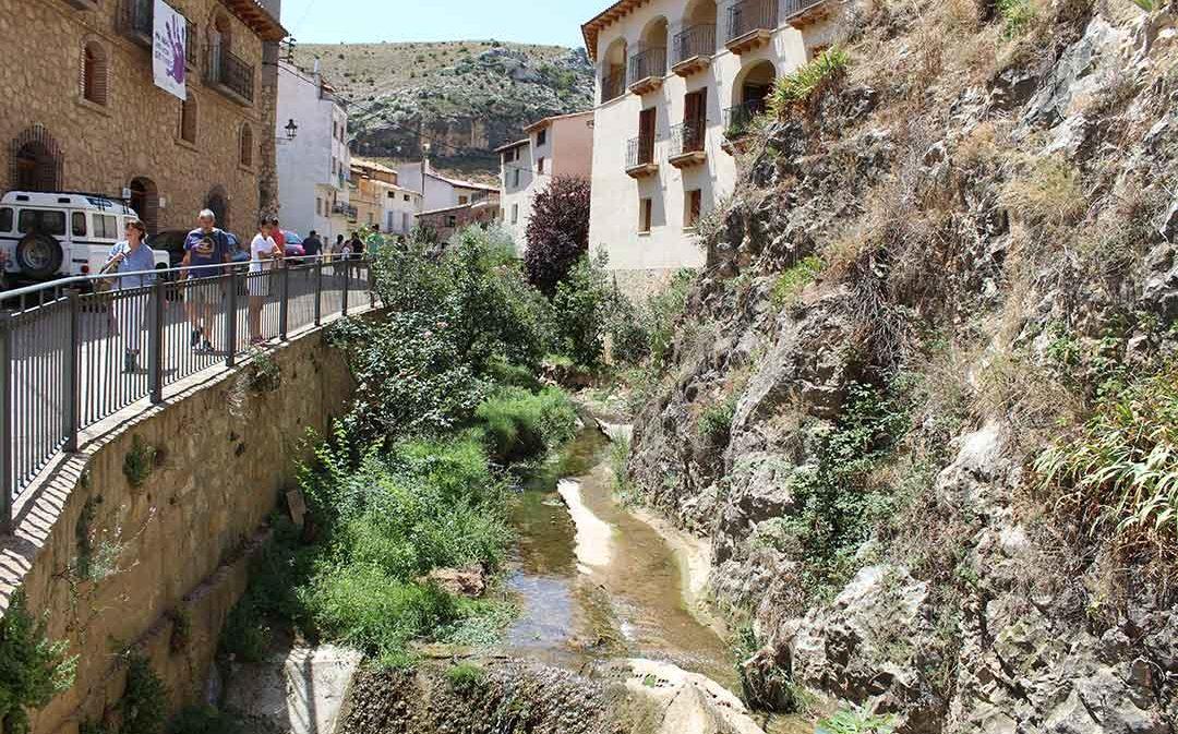 Molinos quiere encauzar el río Guadalopillo a su paso por el pueblo