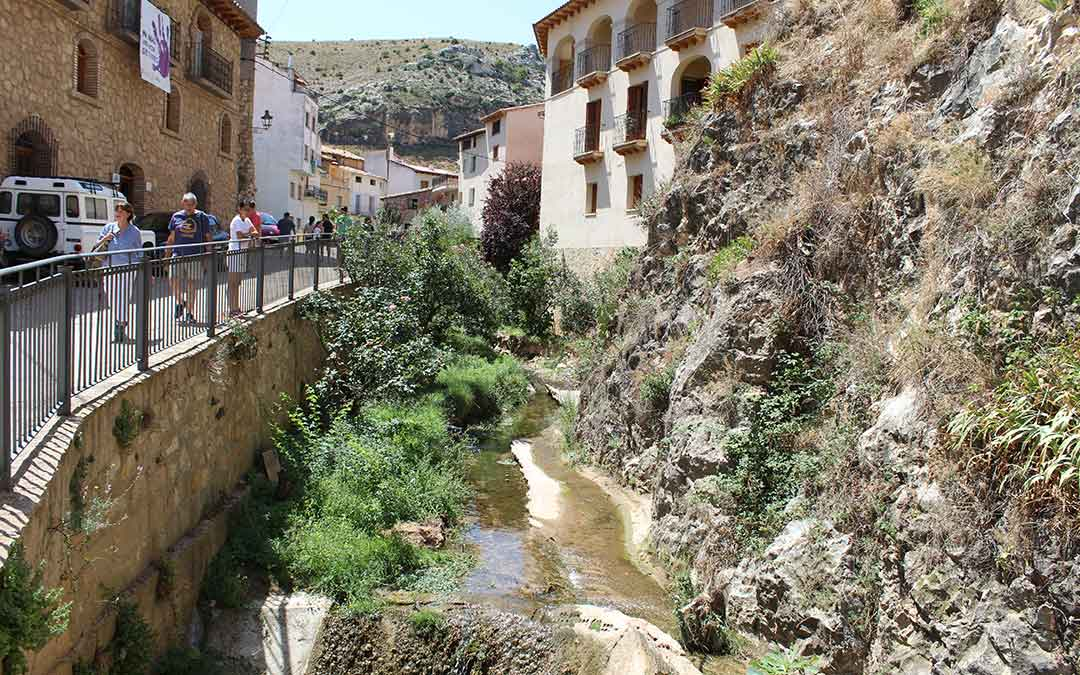 rio guadalopillo molinos