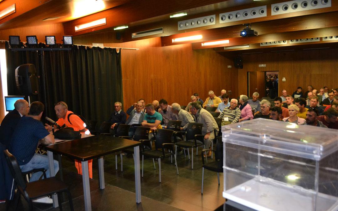 Asamblea convocada por la cooperativa Frutos Secos Alcañiz