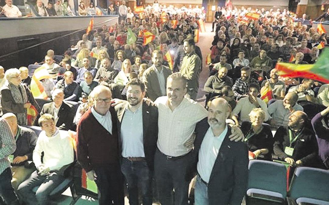 El secretario general de Vox, Javier Ortega Smith, el miércoles en Teruel dijo que «Teruel existe, porque existe España y esa es su mejor garantía» / Instagram Ortega Smith