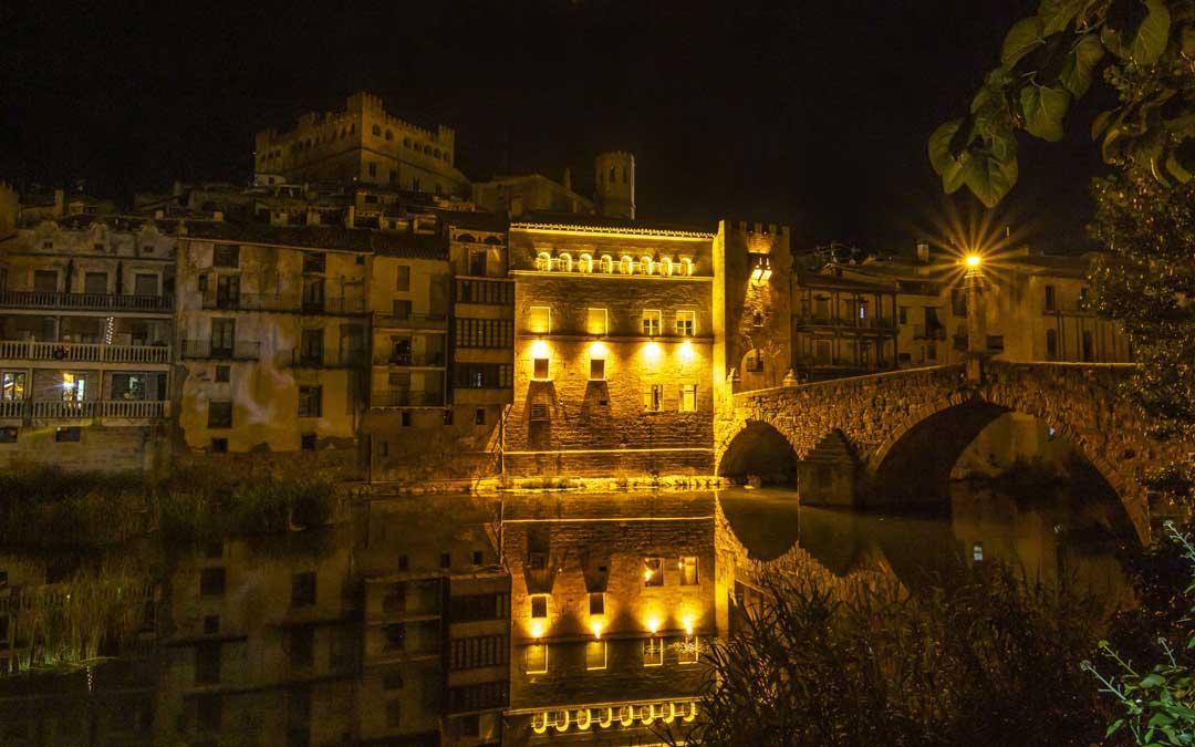 2º clasificado categoría Arquitectura popular. Noche en Valderrobres, de Jose Antonio Aldeguer.